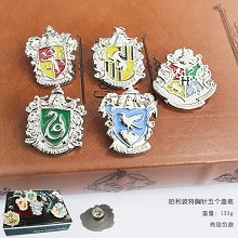 Harry Potter pins a set