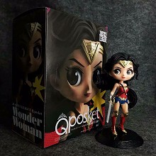Qposket Wonder Woman figure